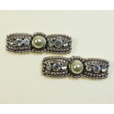 Billie - Pearl Shoe Clips